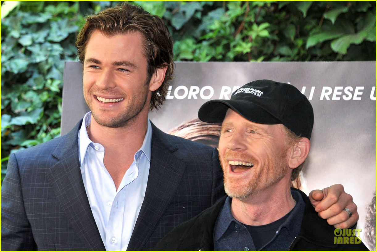 chris hemsworth daniel bruhl rush photo call in rome 13