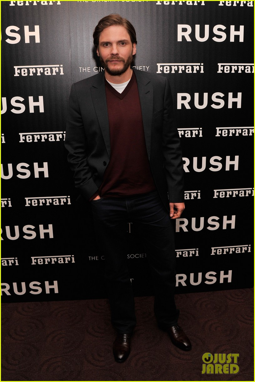 chris hemsworth daniel bruhl rush new york screening 15