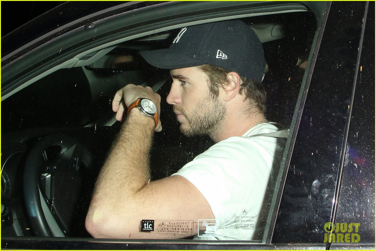 liam hemsworth steps out after miley cyrus split 032954173