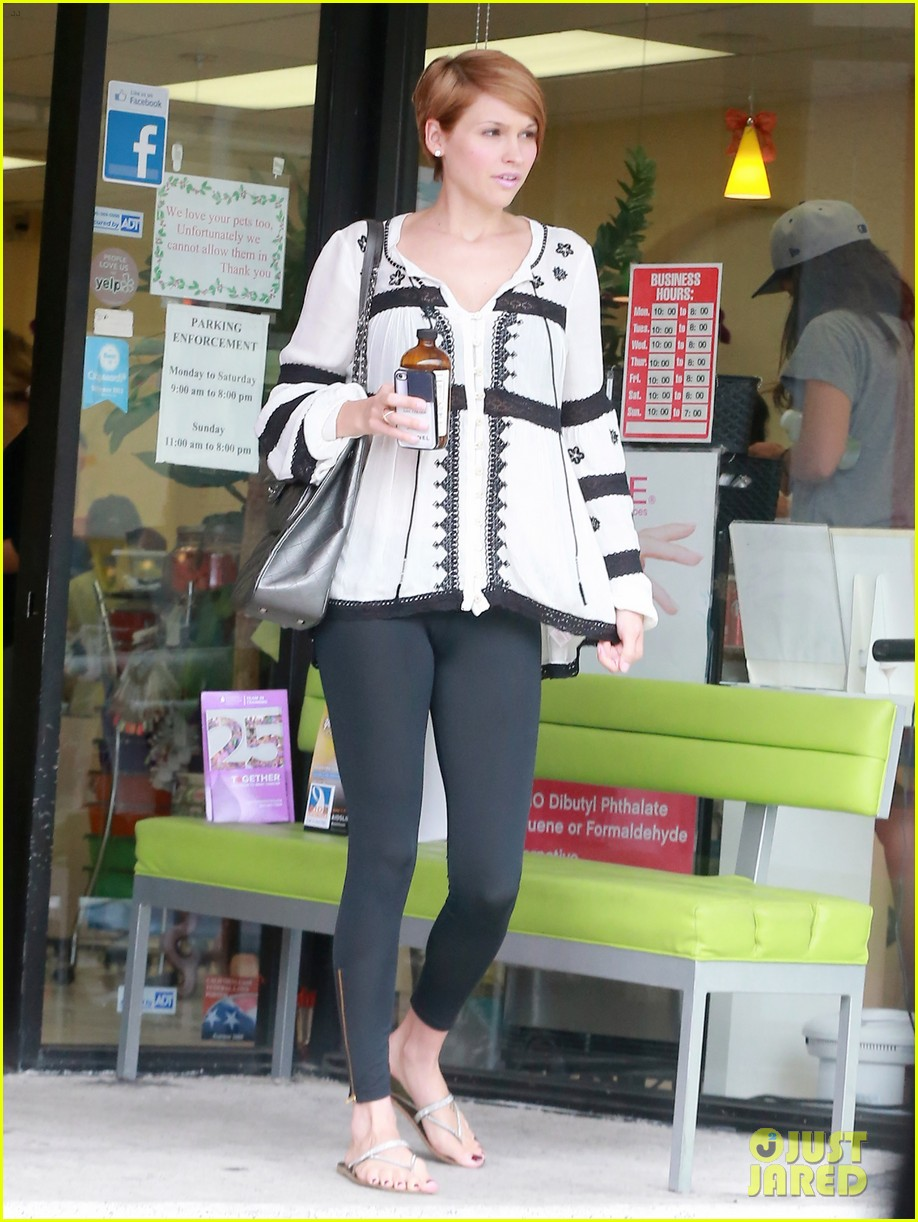 hilary duff girls day out with lisa stelly 04