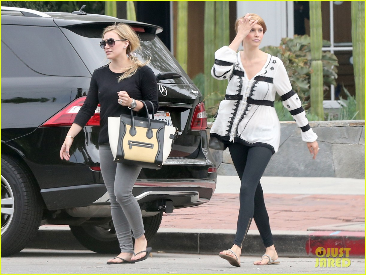 hilary duff girls day out with lisa stelly 26