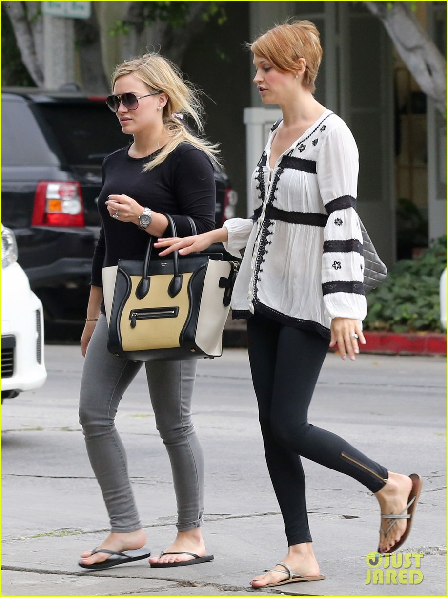 hilary duff girls day out with lisa stelly 29