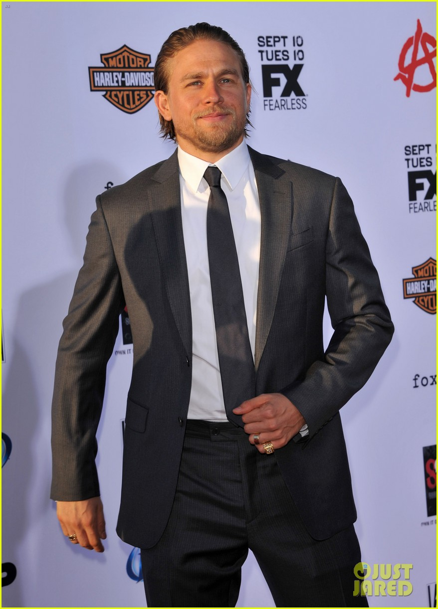 charlie hunnam talks fifty shades of grey for first time 15