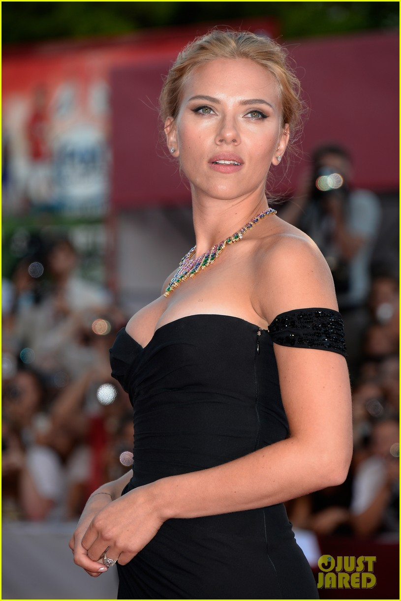 scarlett johansson under the skin venice premiere 082942976