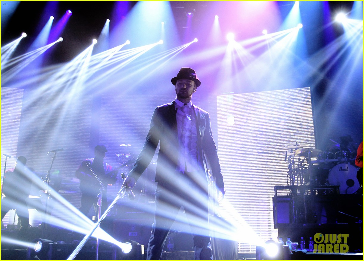justin timberlake performs itunes music festival 2013 07