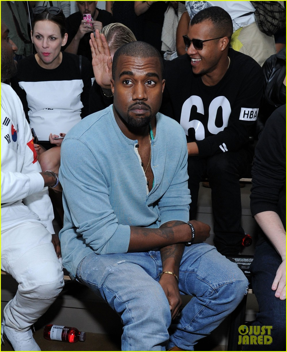 kanye west front row at hood by air fashion show 012947141
