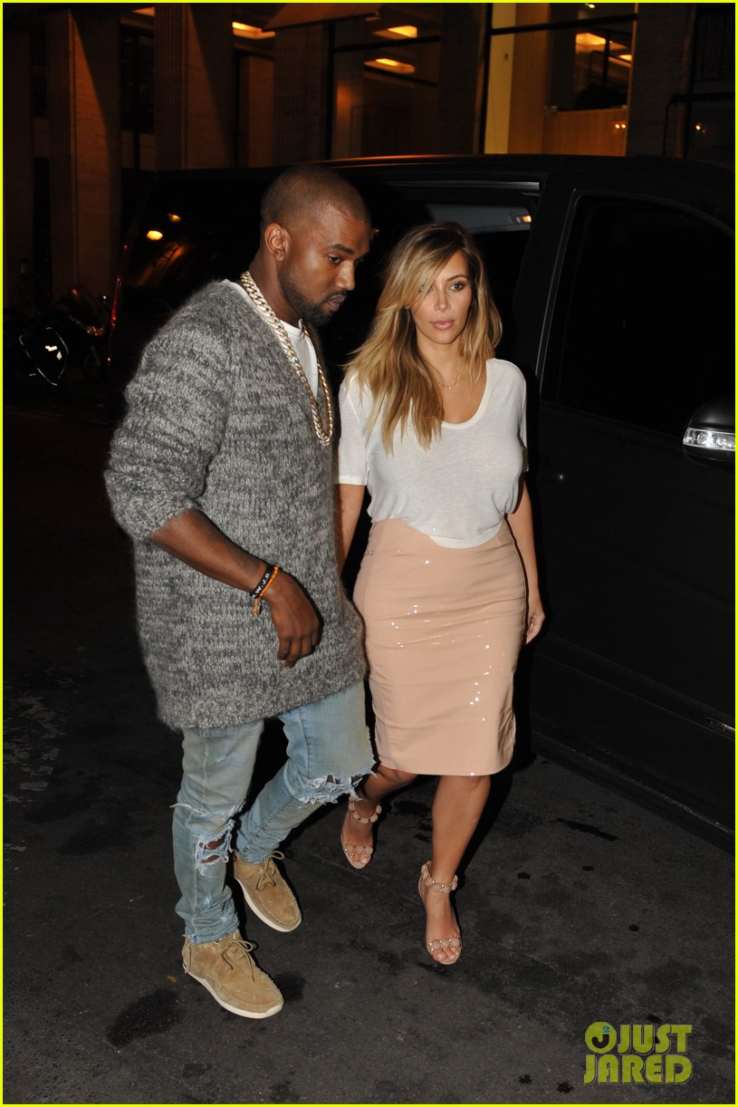 kim kardashian kanye west parisian dinner date 122963314