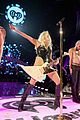 kesha performs with joan jett at iheartradio watch 09