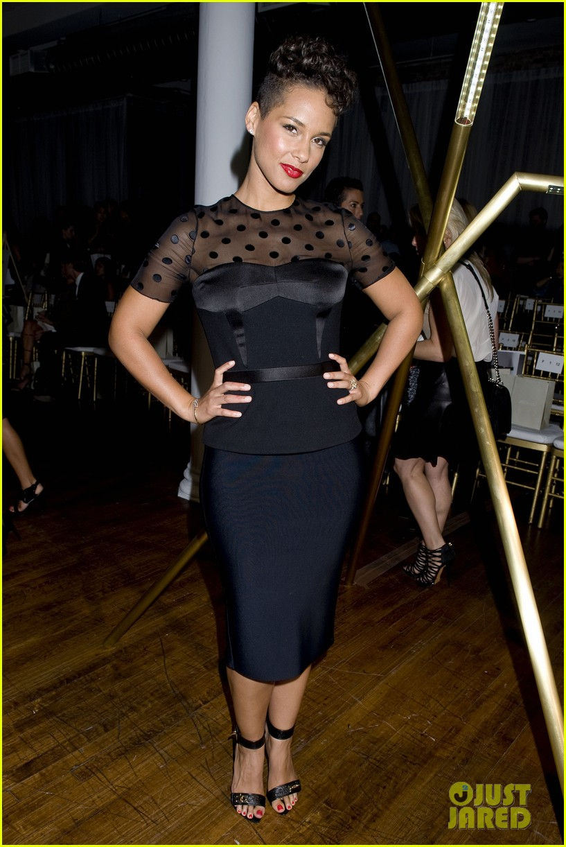 alicia keys maria sharapova jason wu fashion show 14