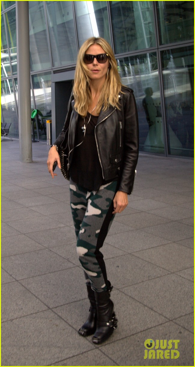 heidi klum sheer heathrow airport arrival 03
