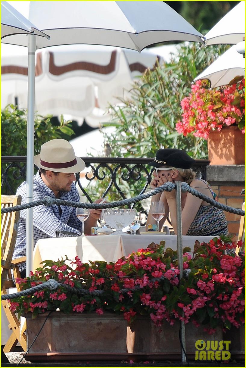 diane kruger joshua jackson enjoy lunch date in venice 122942938