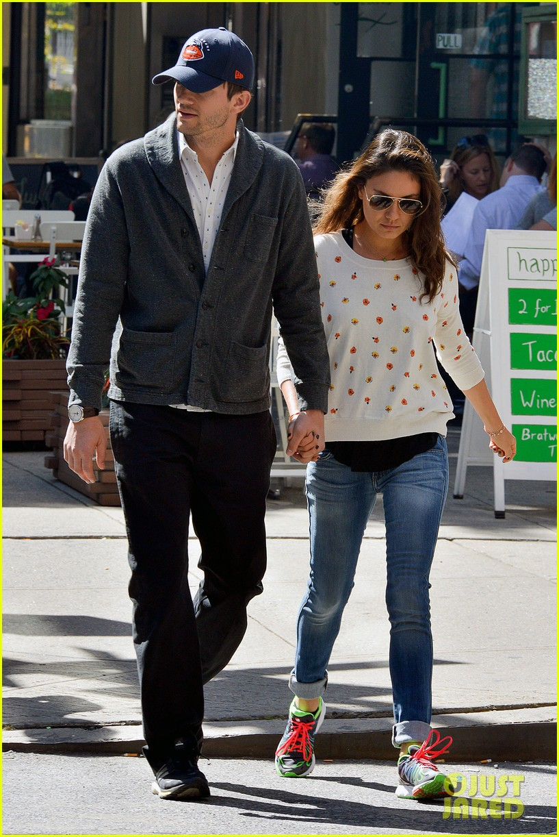 ashton kutcher mila kunis hold hands in the big apple 082955476