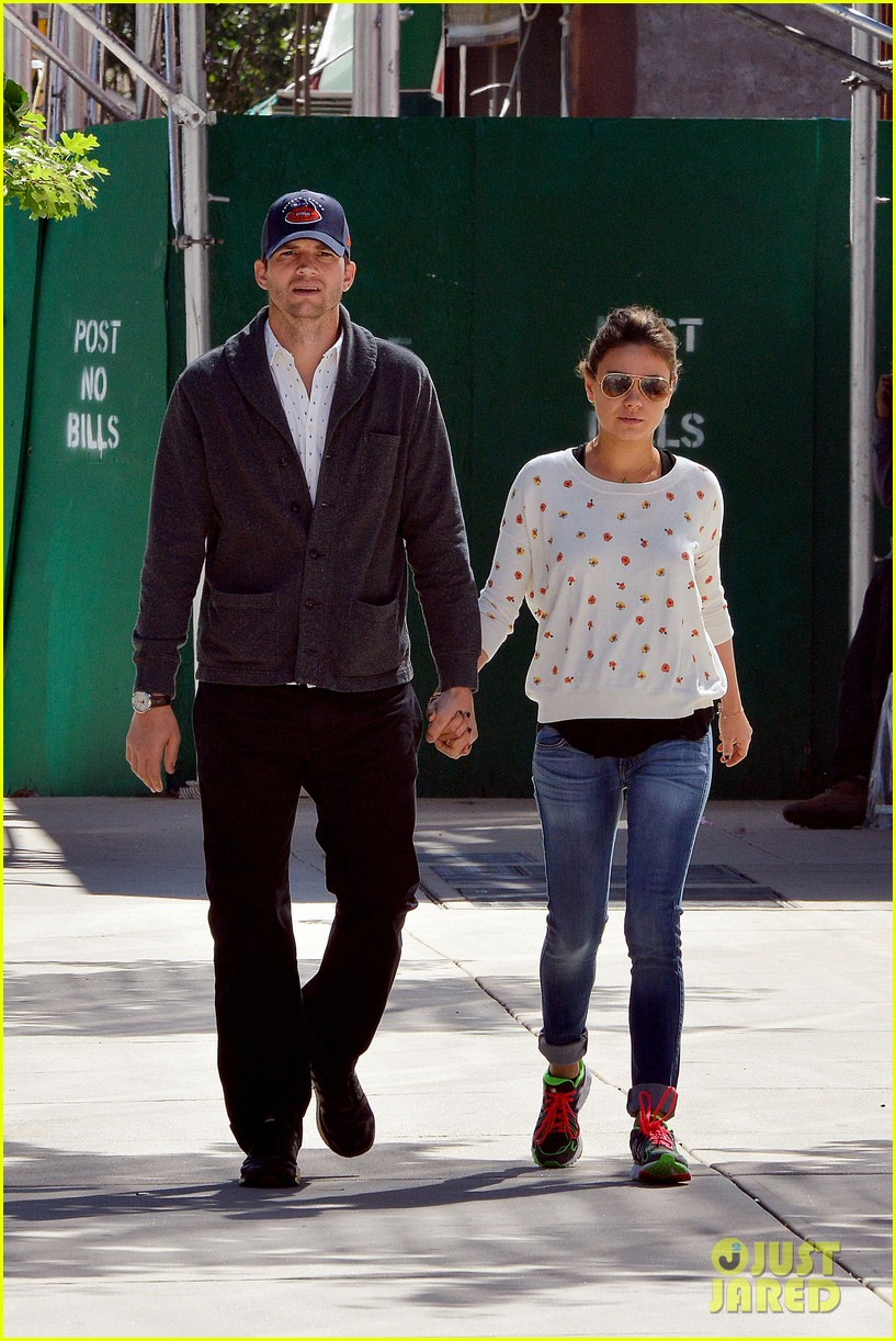 ashton kutcher mila kunis hold hands in the big apple 102955478