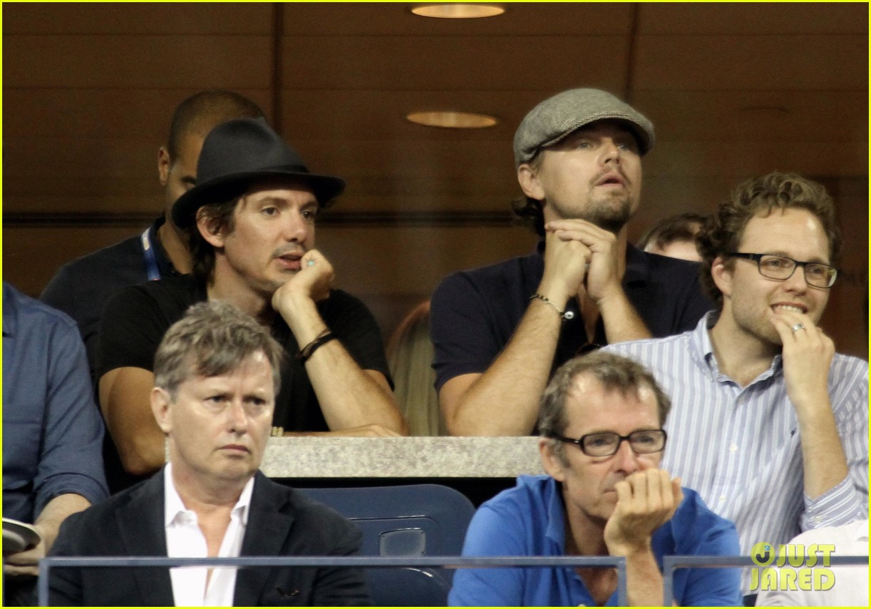 leonardo dicaprio toni garnn watch us open from moet suite 08