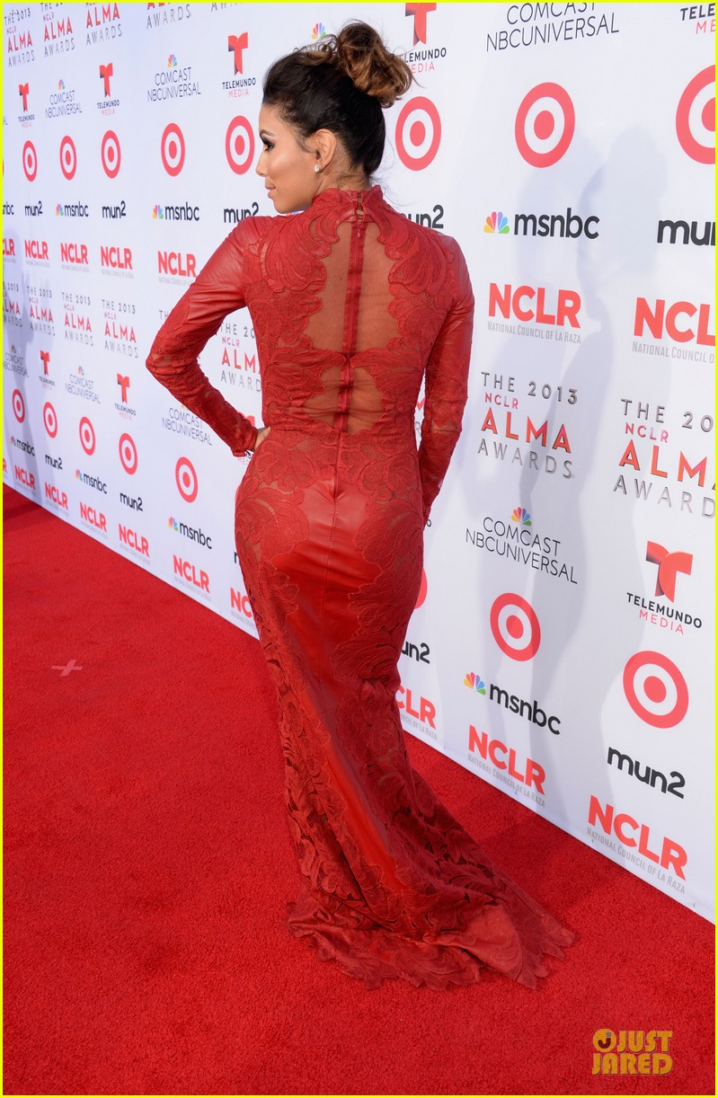 eva longoria multiple dresses as nclr alma awards host 152961519