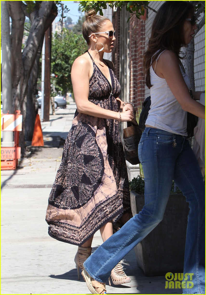 jennifer lopez recording studio with robin thicke 112953156