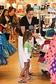 jennifer lopez shops with emme before idol auditions begin 03