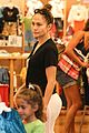 jennifer lopez shops with emme before idol auditions begin 17