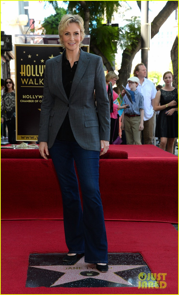 jane lynch receives star on hollywood walk of fame 07