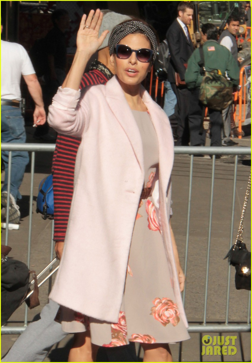eva mendes promotes fashion line on gma 07