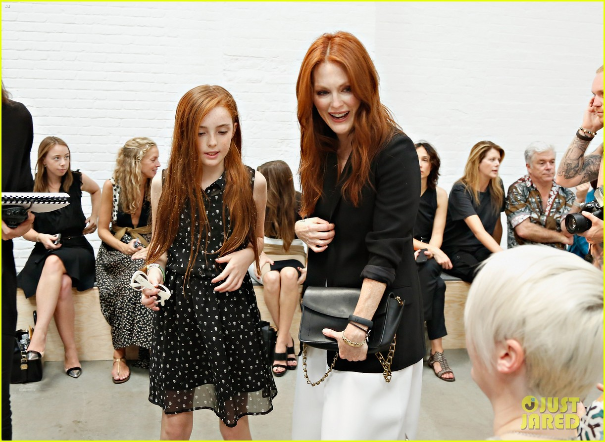 julianne moore allison williams reed krakoff fashion show 11