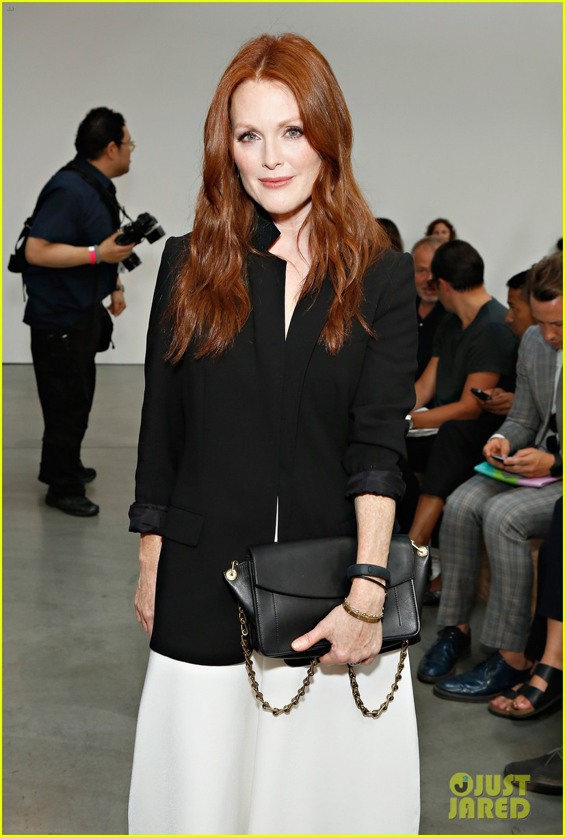 julianne moore allison williams reed krakoff fashion show 19