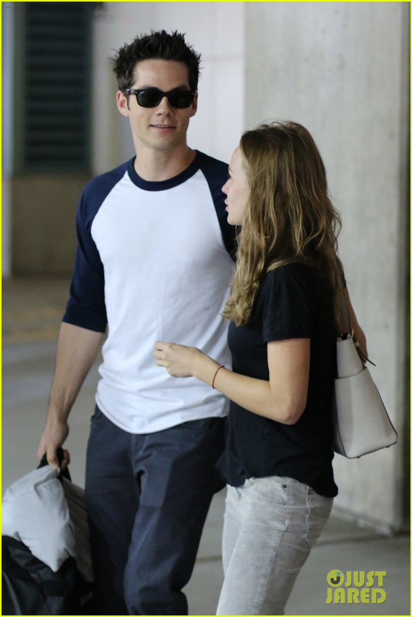 dylan obrien visits britt robertson in vancouver 02