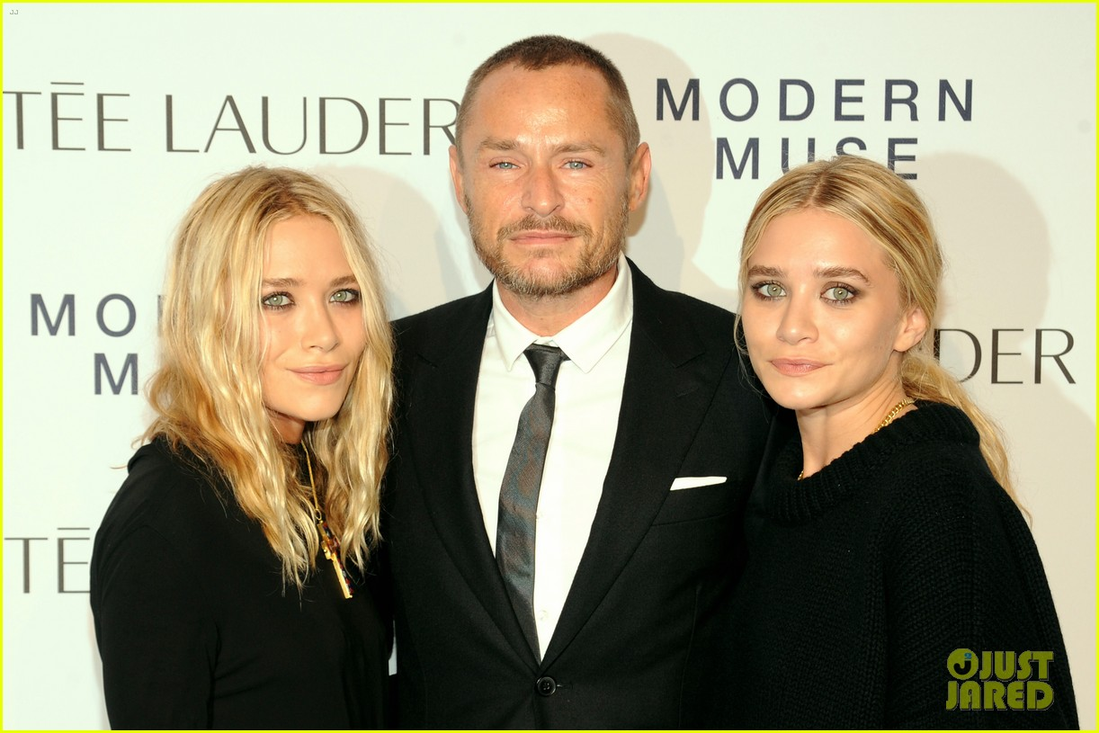 mary kate ashley olsen estee lauder fragrance launch 08
