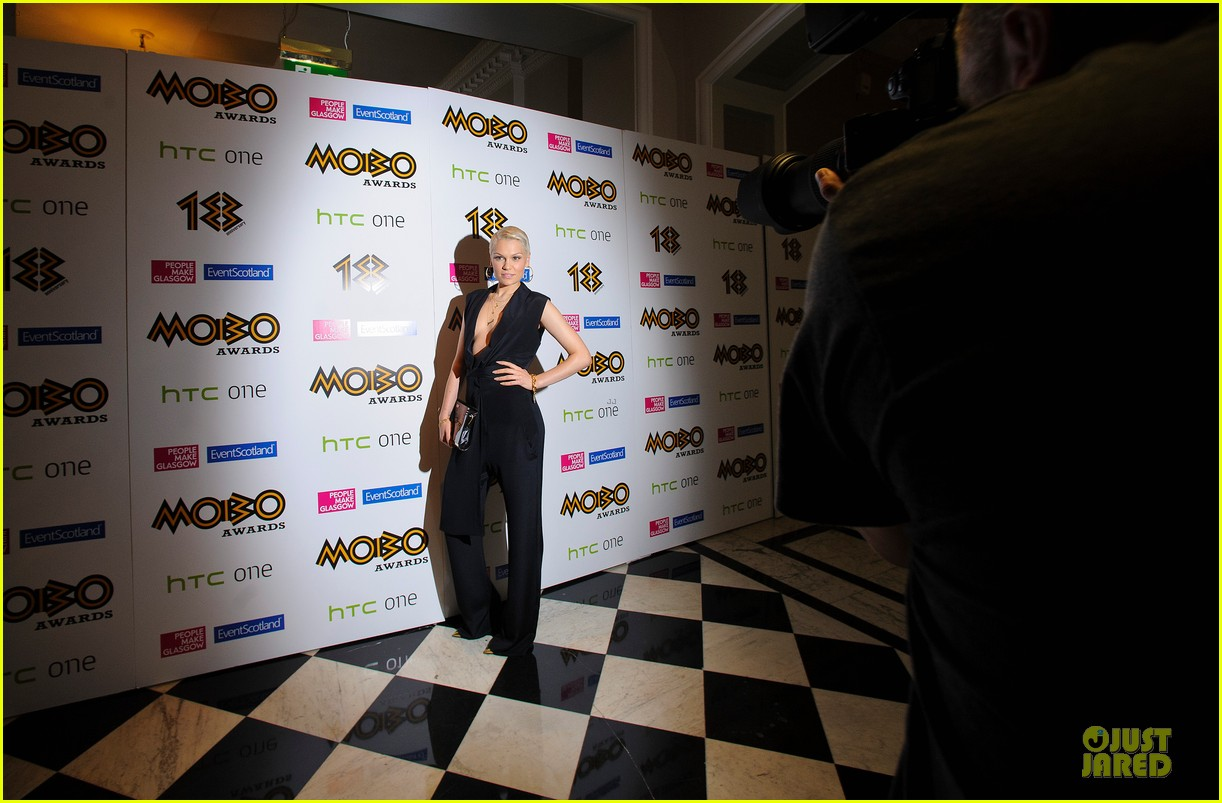 rita ora jessie j gq men of the year awards 2013 122943053