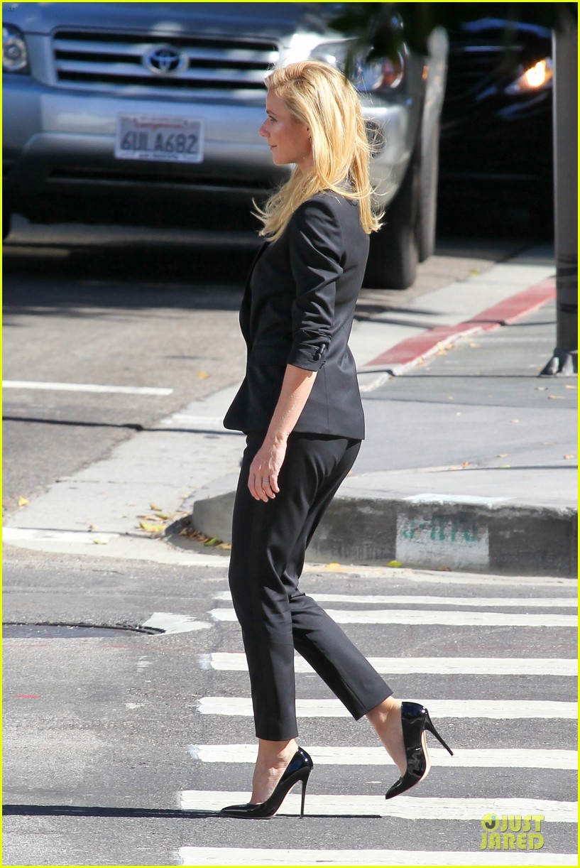 gwyneth paltrow classy hugo boss shoot 29