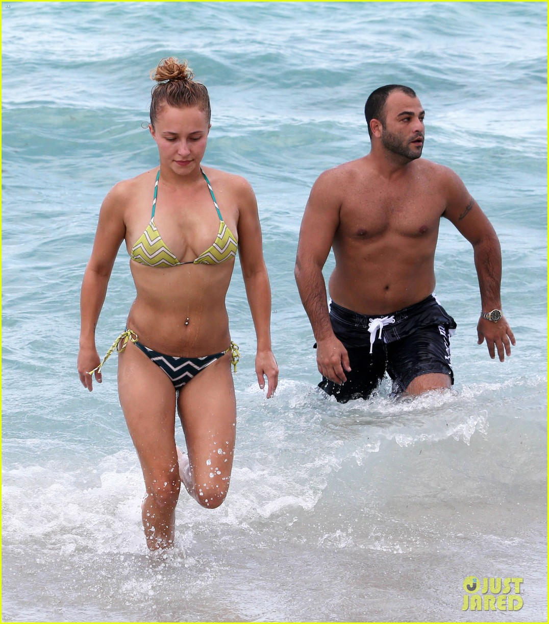 hayden panettiere bikini babe for labor day weekend 05