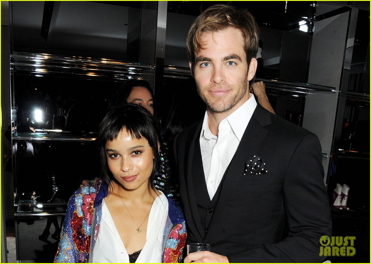 chris pine zoe kravitz london fashion week parties 04