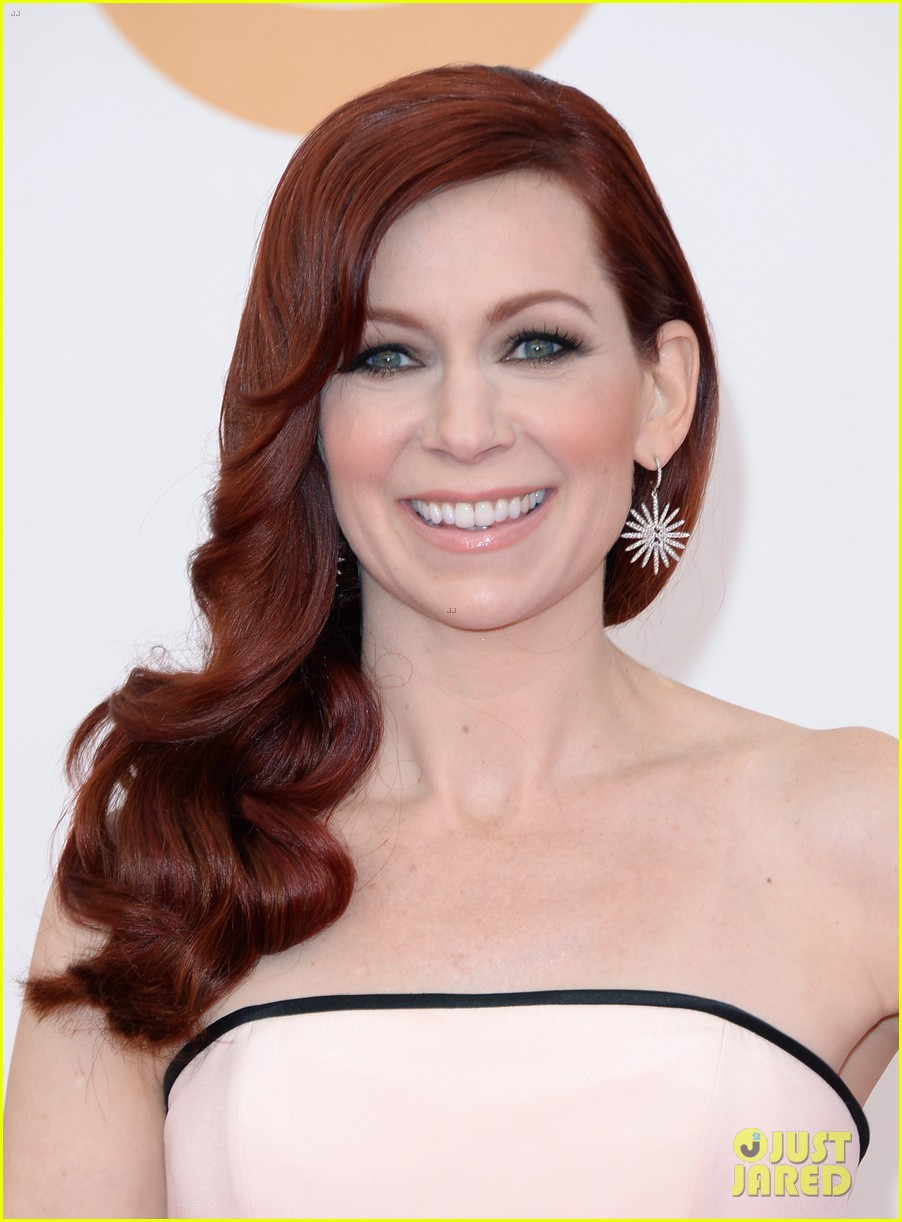 carrie preston linda cardellini emmys 2013 red carpet 092957911