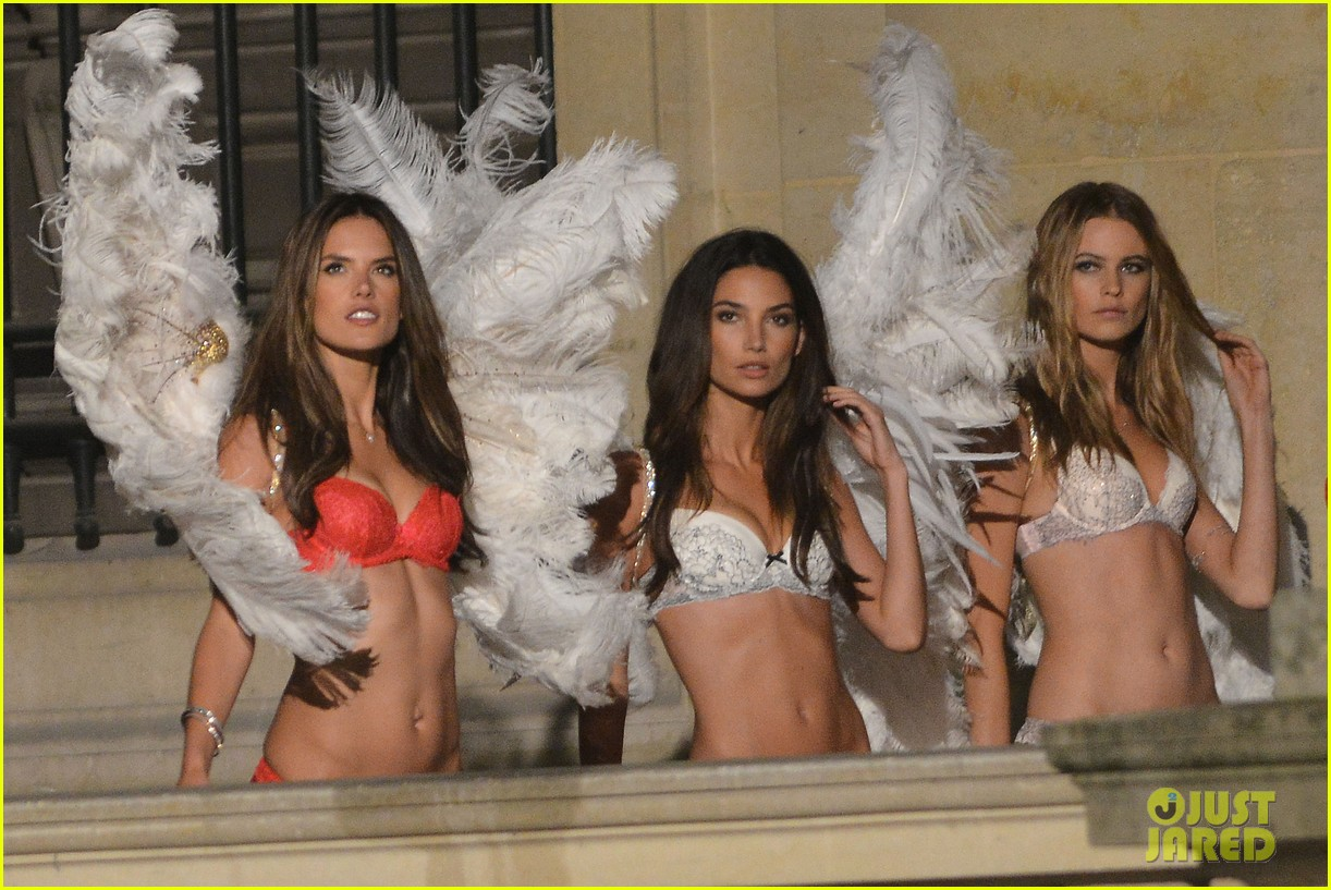 behati prinsloo lily aldridge vs angels louvre shoot 02