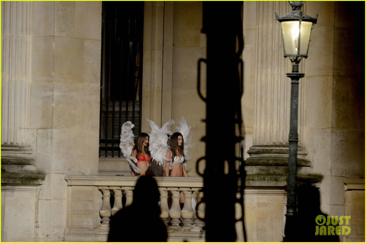 behati prinsloo lily aldridge vs angels louvre shoot 182954567