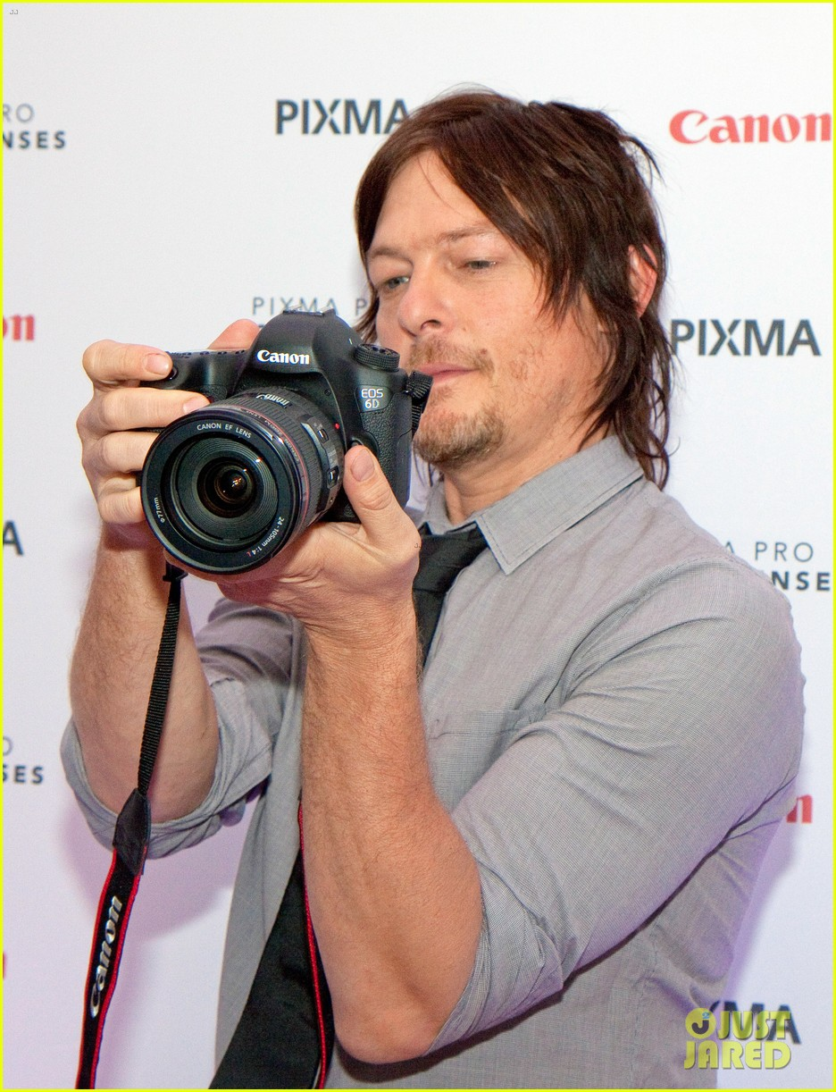 norman reedus canon pixma pro city senses gallery host 10