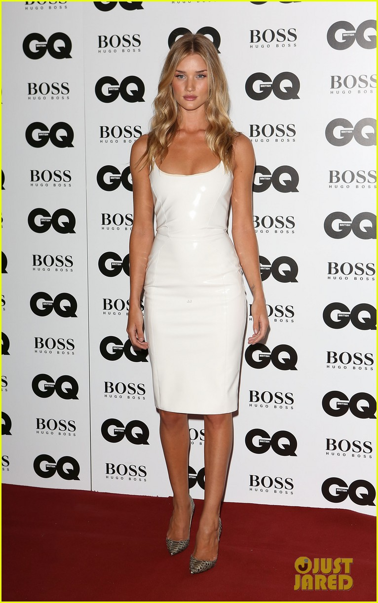 rosie huntington whiteley gq men of the year awards 2013 012943036