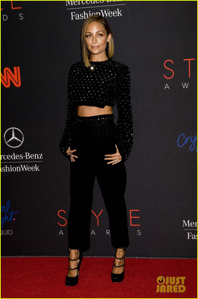 nicole richie kate upton style awards 2013 212944049