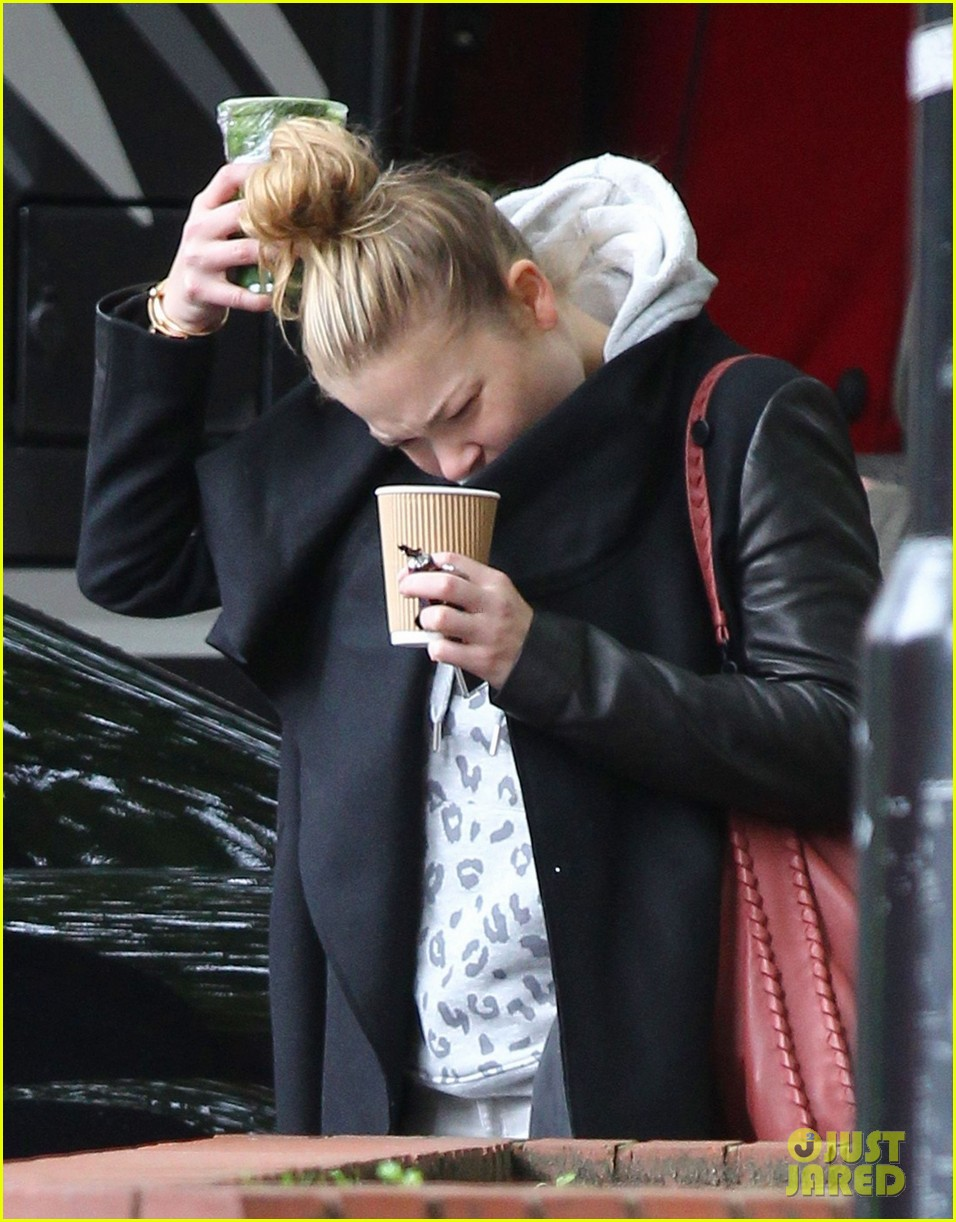 leann rimes starts day with coffee miley cyrus wrecking ball 032954245