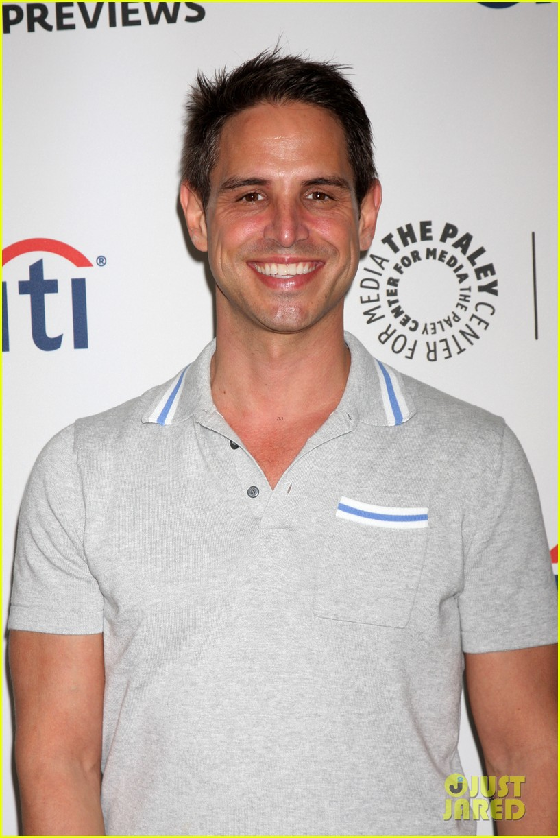 robbie amell the tomorrow people paleyfest previews 2013 06