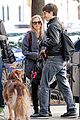 amanda seyfried justin long nyc dog walking twosome 01