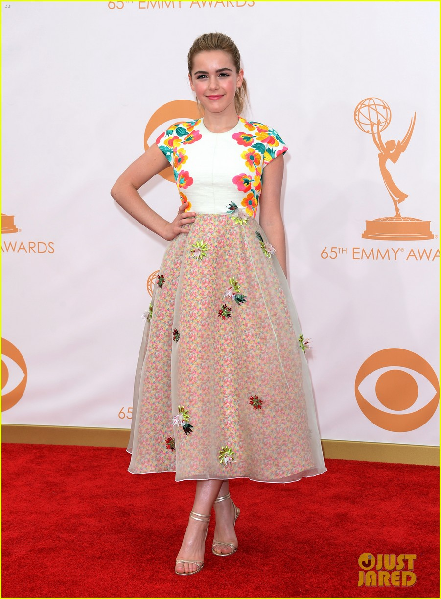 kiernan shipka morgan saylor emmys 2013 red carpet 132957927