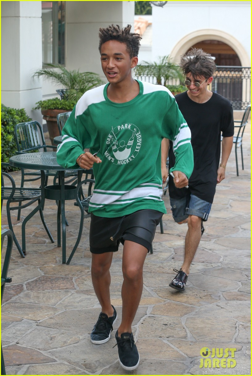 jaden smith moises arias run for sushi 052942810