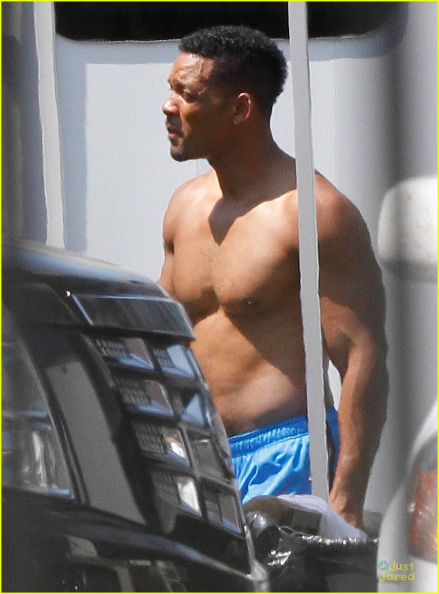 will smith shirtless fighting moves for focus 152951728