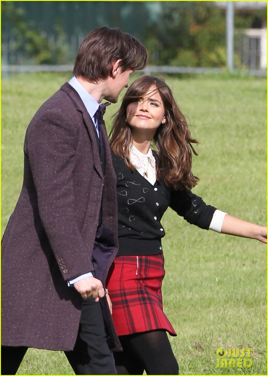 matt smith films doctor who christmas special with jenna coleman 02