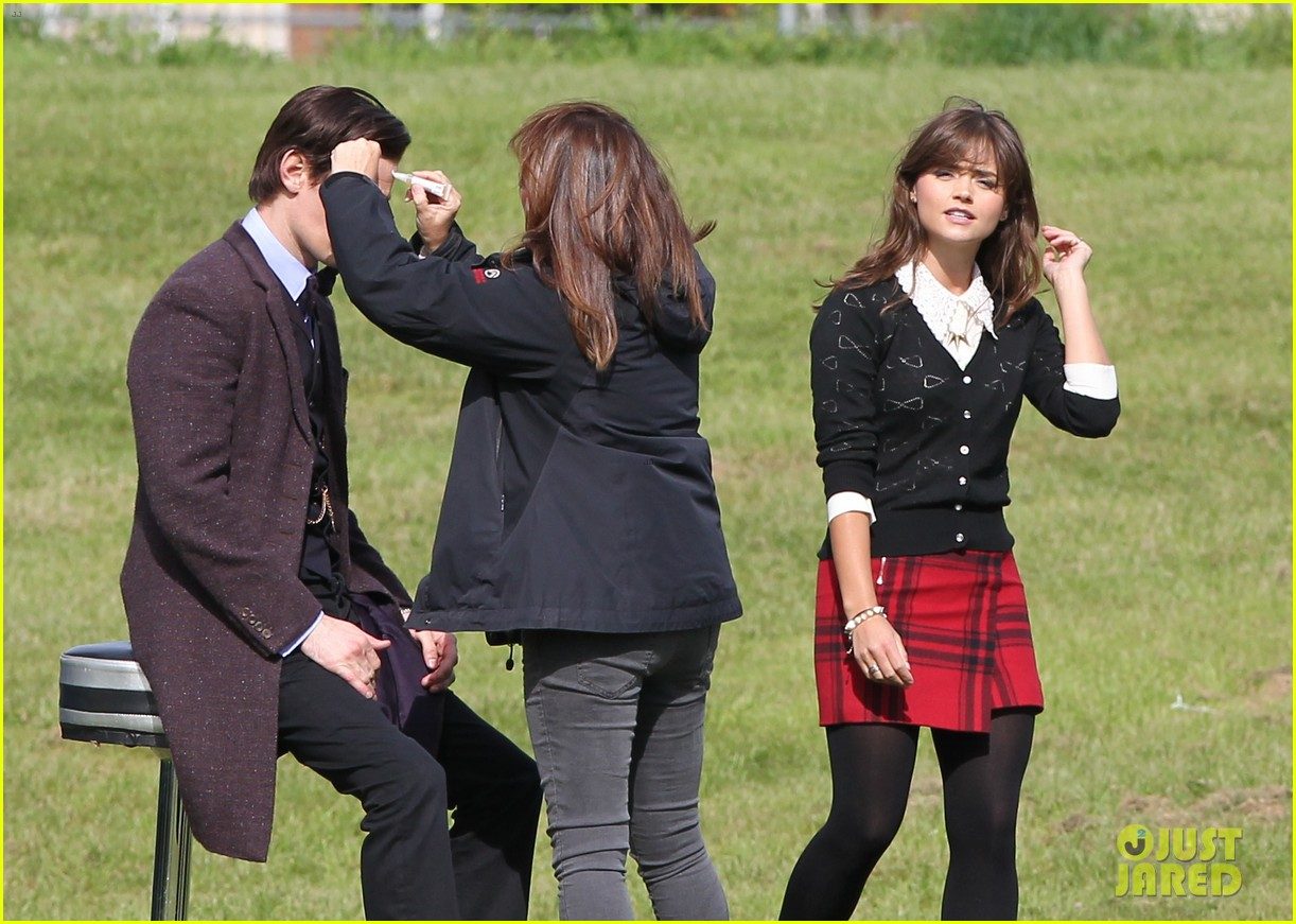 matt smith films doctor who christmas special with jenna coleman 07