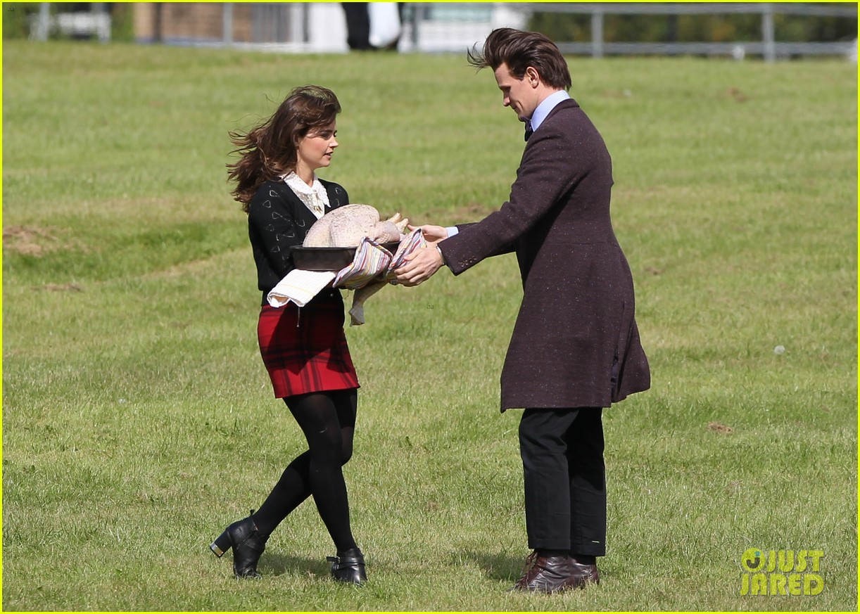 matt smith films doctor who christmas special with jenna coleman 19