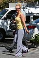britney spears wraps up week with dance studio stop 05