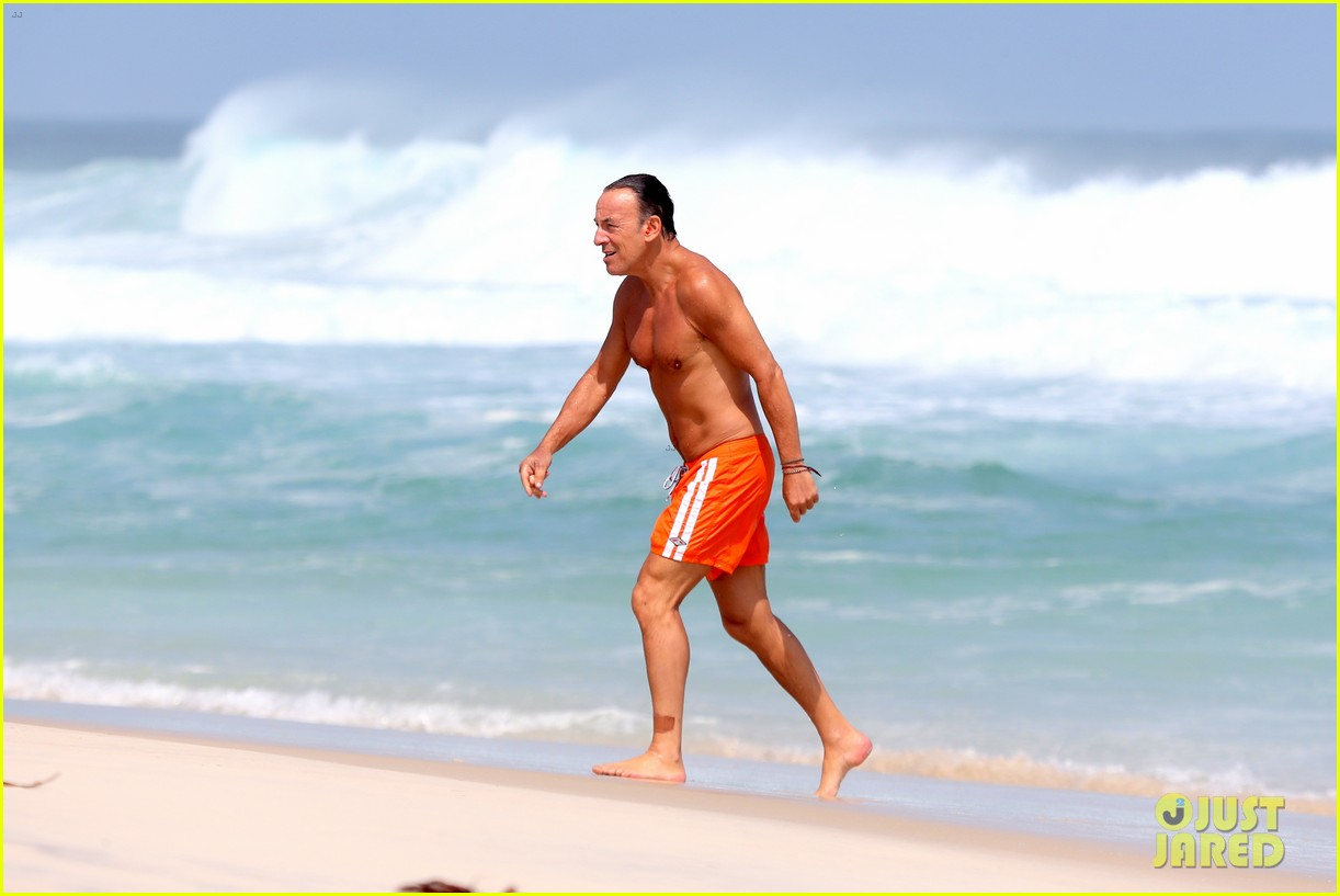 bruce springsteen bares fit shirtless body at the beach in rio 102957133