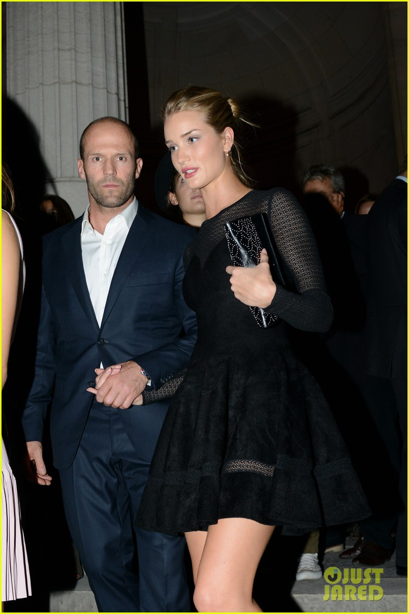 jason statham rosie huntington whiteley azzedine alaia paris fashion show 09
